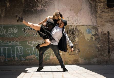Ten-dances